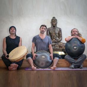 Atelier de Yoga et Immersion sonore le 22 décembre 2018 avec Hangji et Mika De Brito au studio Zen & Sounds à Paris