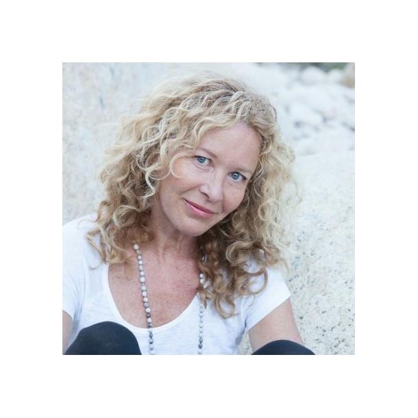 Formation de Yoga Santé et beauté de la femme avec Kathy Wolff du 29 octobre au 1er novembre en Ardèche